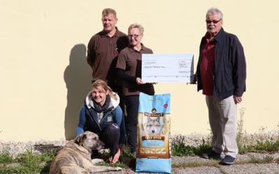 Spendenübergabe Tierheim Buch bei Passau